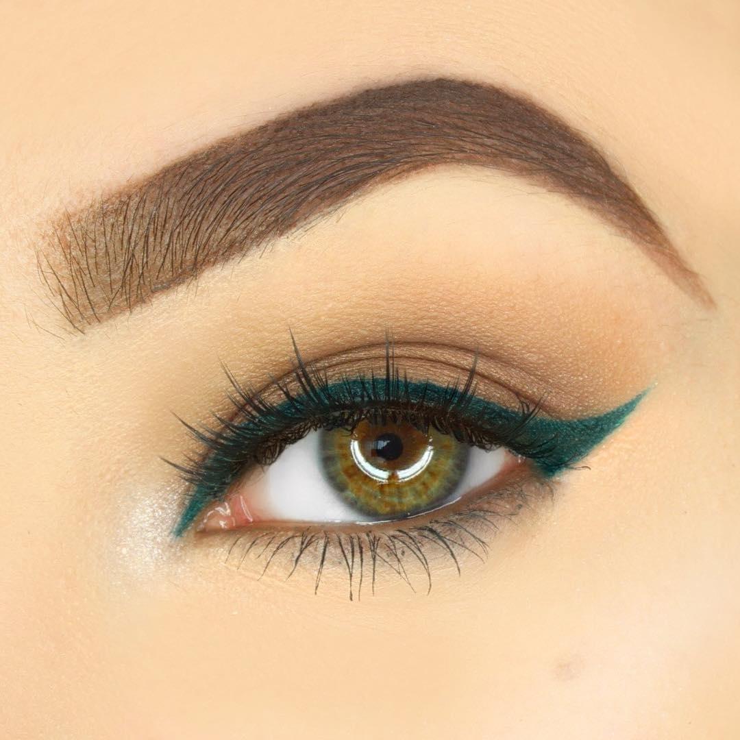 Макияж с карандашом для зеленых глаз