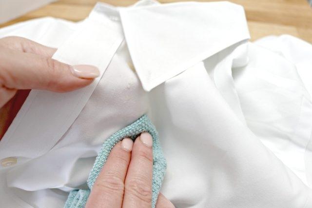 Как очистить масляное пятно на одежде фото