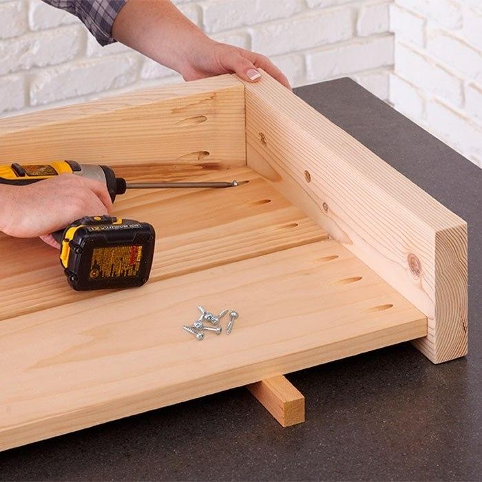 Как сделать выдвижной ящик для кровати своими руками 17