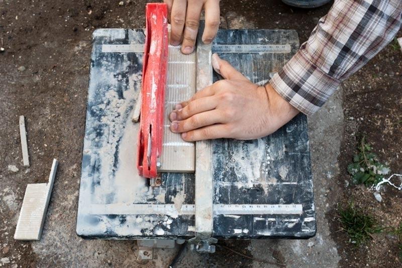 Как класть напольную плитку своими руками фото 731