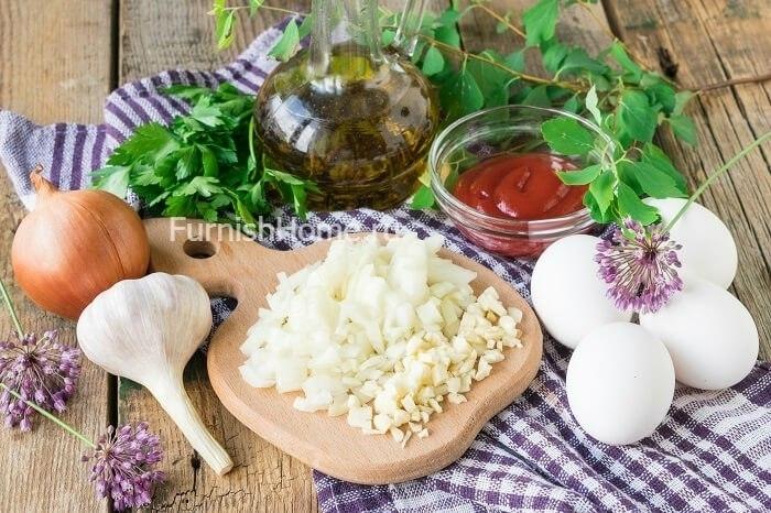 Шакшука или еврейская яичница с овощами