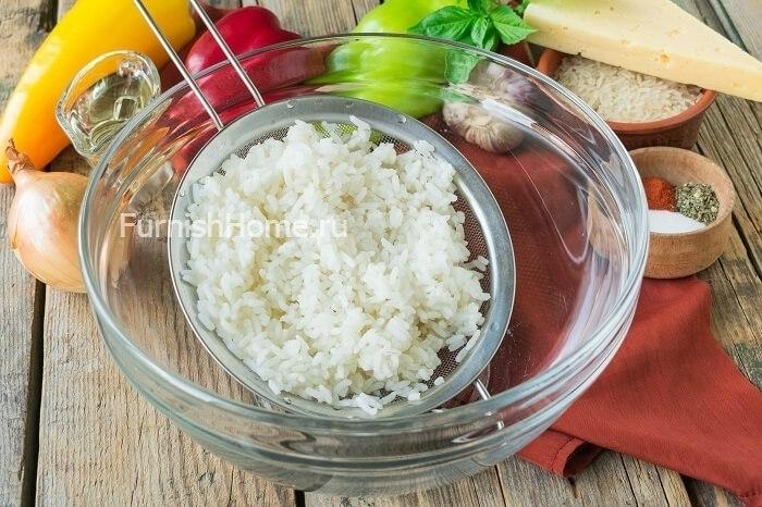 Фаршированный перец с курицей и рисом в духовке