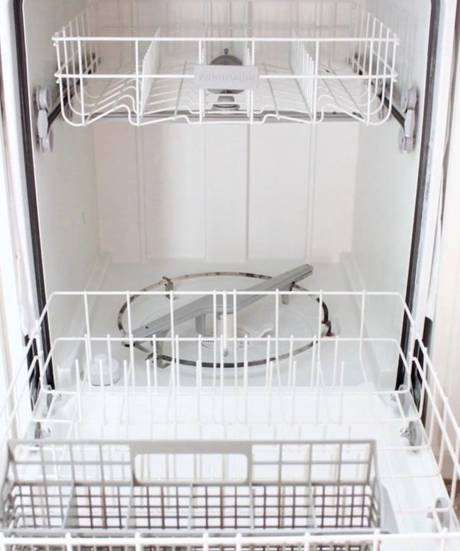 Эти 3 простых шага решат большинство проблем посудомоечной машины