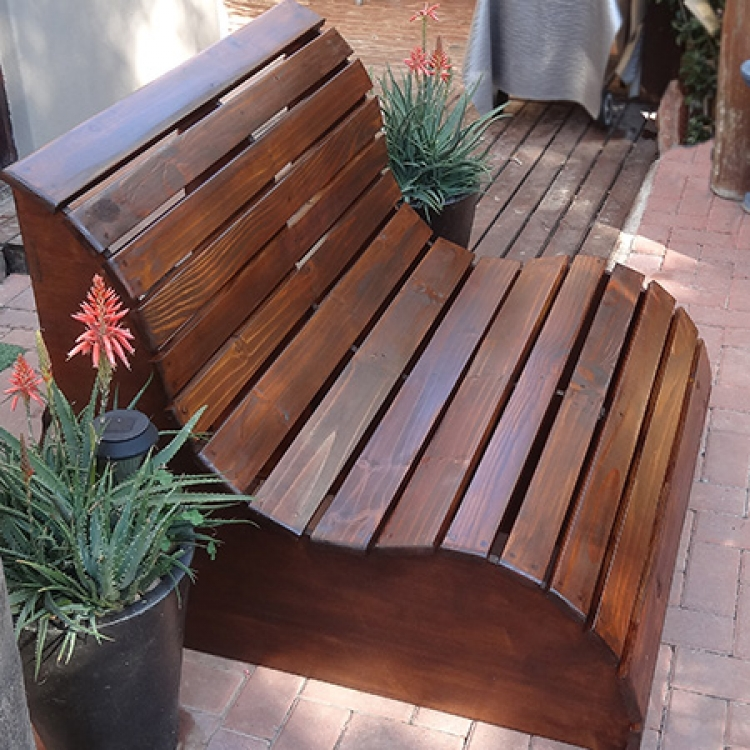 Как самим сделать скамейку на даче своими руками