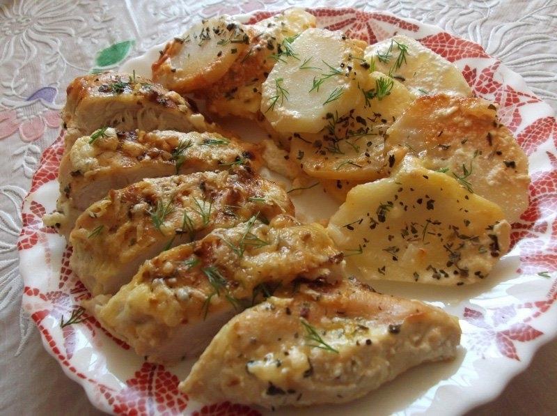Куриная грудка с чесноком и сыром рецепт